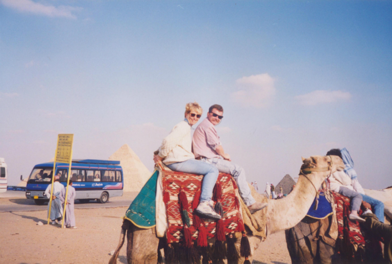 riding-a-camel-on-Giza-plateau-Egypt