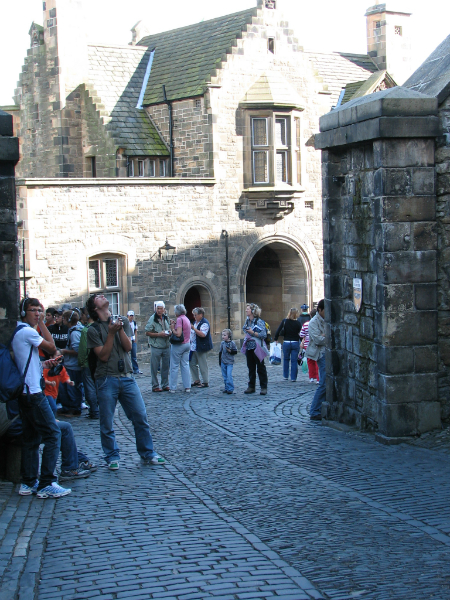 entering-edinburgh-castle-from-the-side-entrance