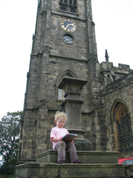 On-the-Priory-Church-pedestal-at-Lancaster-UK