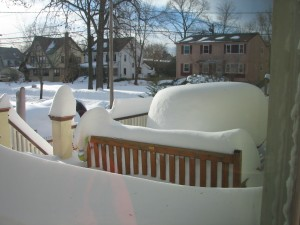 heavy-snow-after-a-blizzard -in-New-Jersey