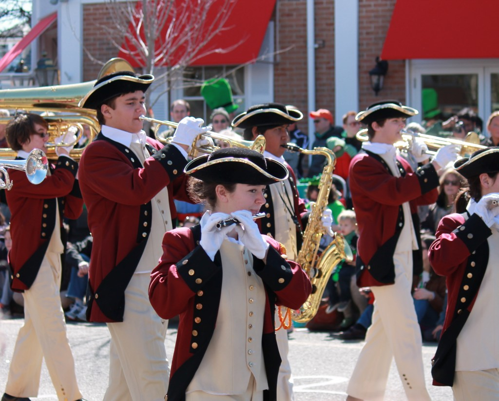 colonial-marching-band-from-local-high-school-new-jersey