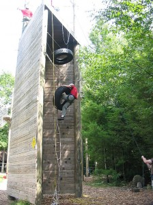 Rope-climbing-course-at-Summer-camp-USA