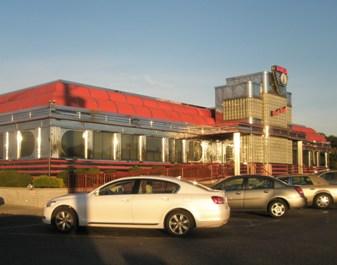 Park-West-diner-at-Little-Falls-New-Jersey