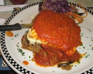 New-Jersey-Diner-lasagna-portion
