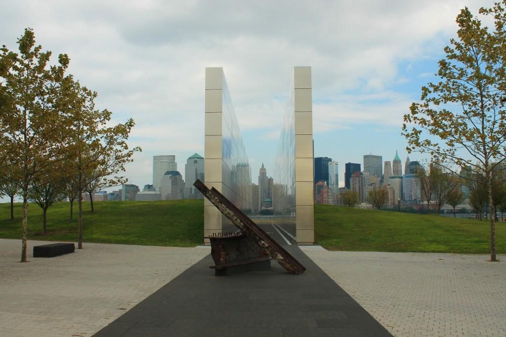 9_11 memorial at Jersey City