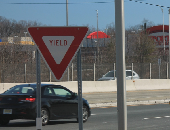 Yield-sign-at-entrance-ramps-onto-highways-and-other-major-roads-NJ