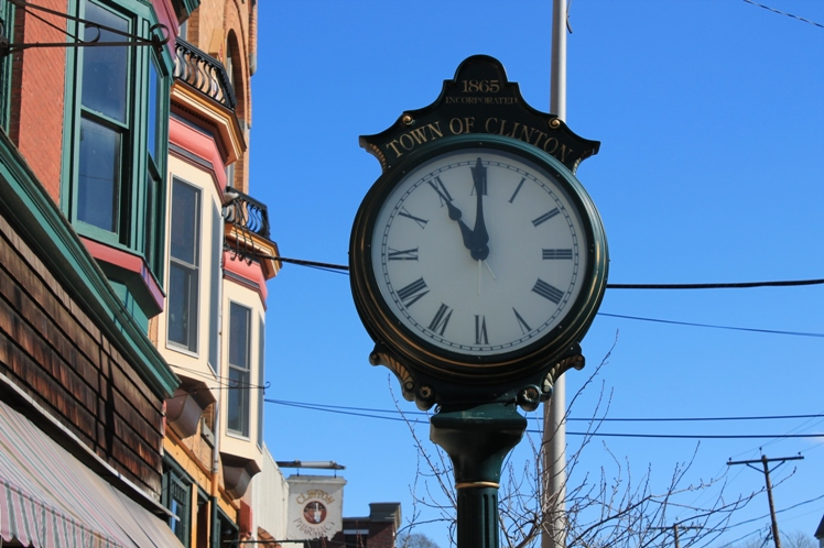 Clinton town clock