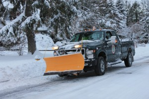 Snow-Plough-in-New-Jersey-after-Snowstorm-Nemo