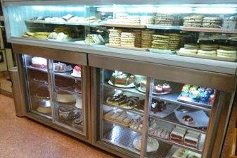 Dessert-display-case-in-New-Jersey-diner