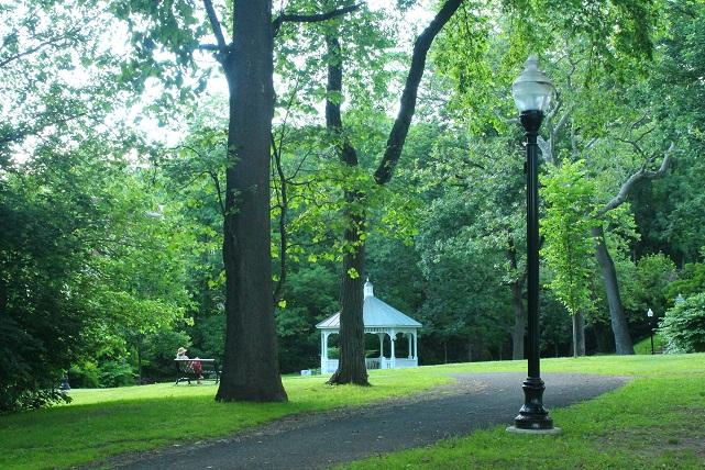 Summer-scene-Glen-Ridge-NJ