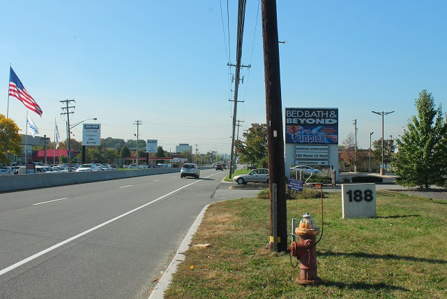 shopping-in-america-state-route-10-NJ