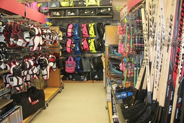 Modells-Sports-retailer