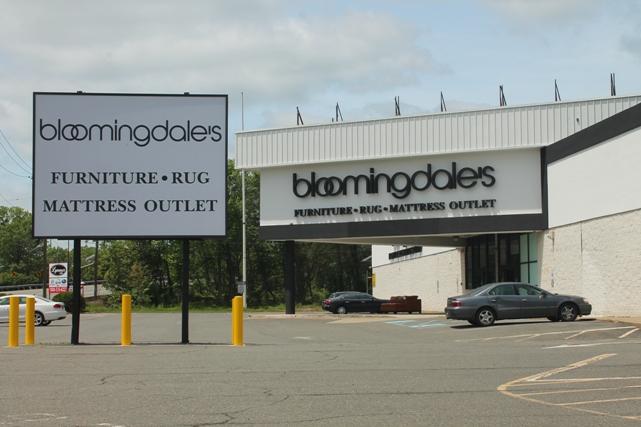 Bloomingdales-Furniture-Clearance-store