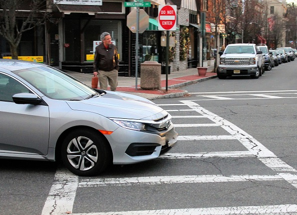 NJ drivers drive through pedestrian crosswalks