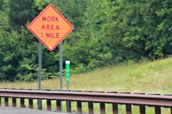 NJ_milepost_sign